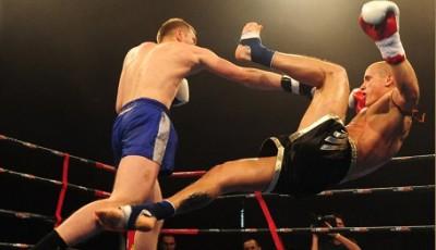 Комбинации ударов в боксе для начинающих и опытных бойцов