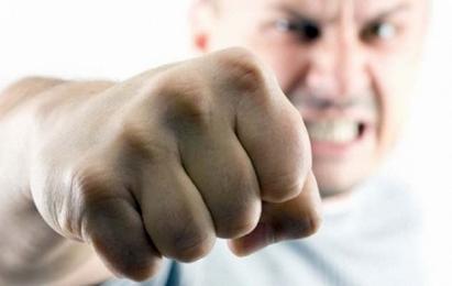 Как сильно ударить противника