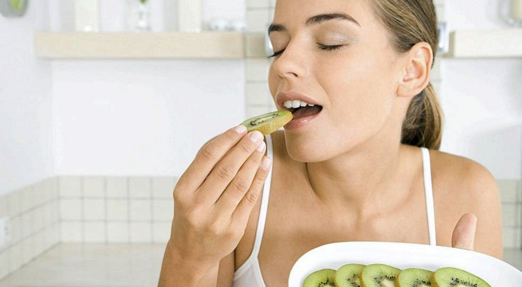 Полезные свойства киви для женщин