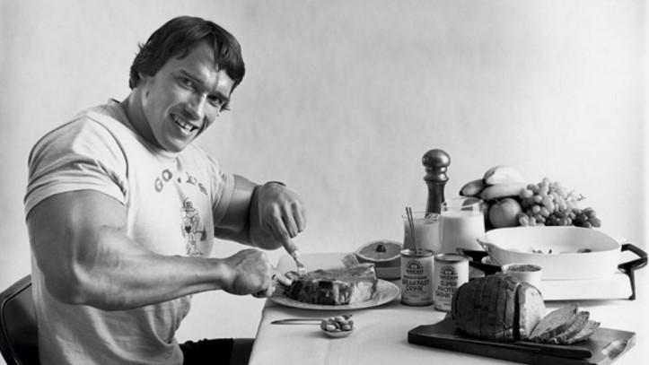Чем и как питаться при наборе мышечной массы